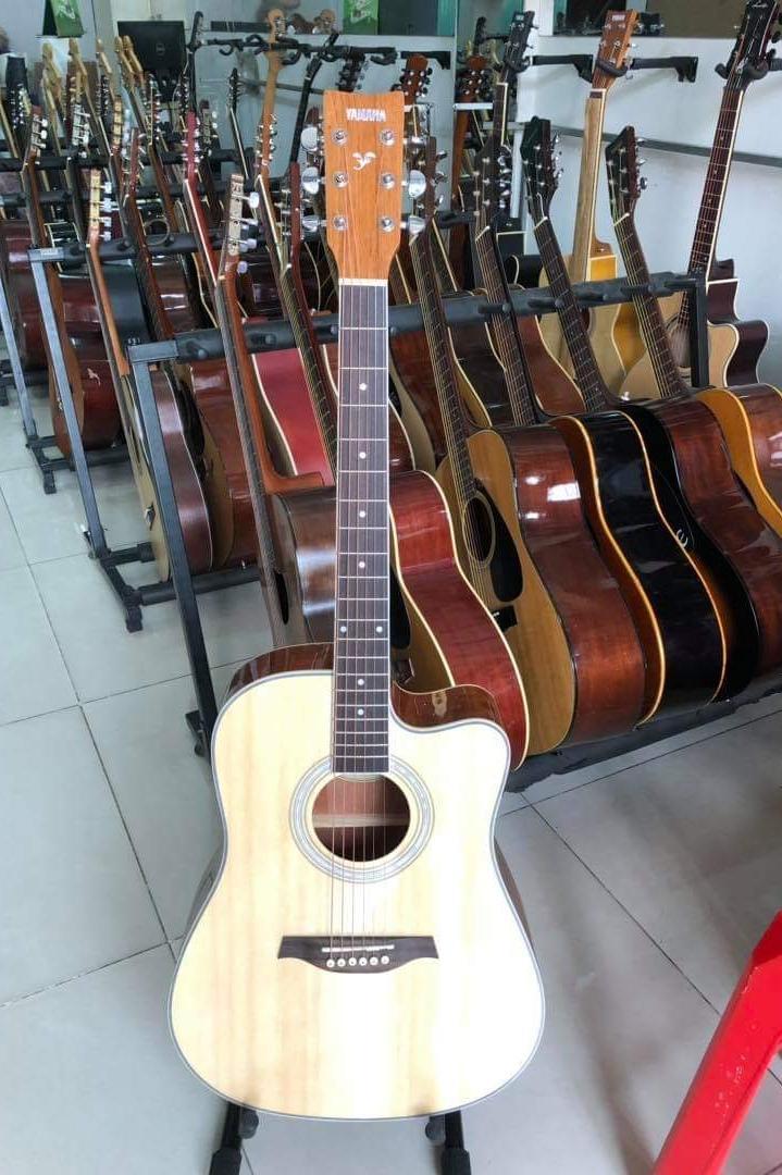 Giá Quá Tốt Để Mua Đàn Guitar Acoustic Yamaha FT-3000