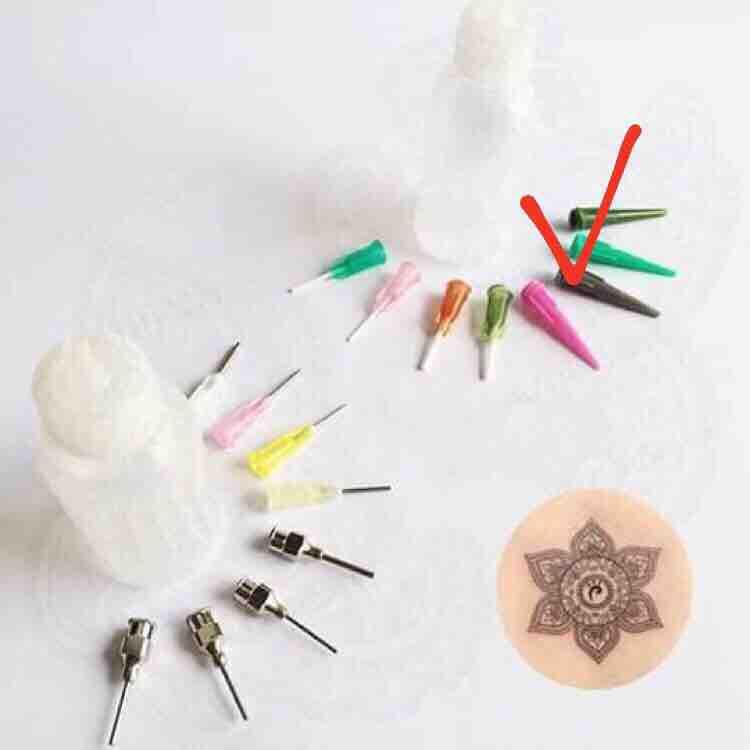 ( NHIỀU LOẠI) 01 lọ đựng mực vẽ Henna và 4 đầu kim kích cỡ to nhỏ khác nhau tốt nhất