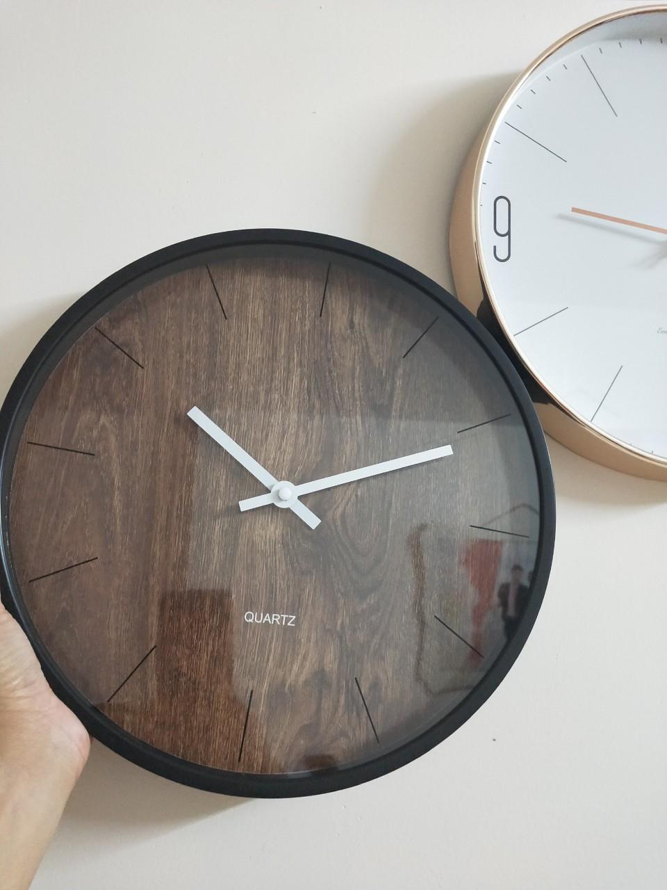 Nơi bán Đồng hồ treo tường Vân gỗ 30cm