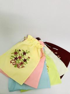 Túi đựng giày dép, túi đập nước đá có dây rút vải lụa cao cấp thêu hoa thumbnail