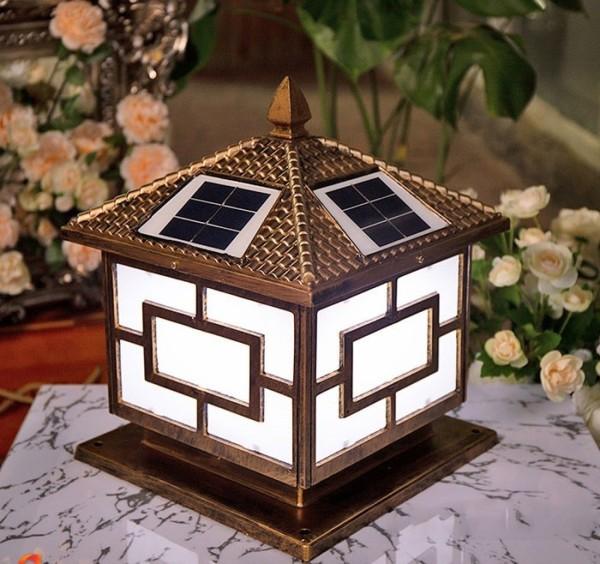 Đèn trụ cổng năng lượng mặt trời trụ vuông 40cm