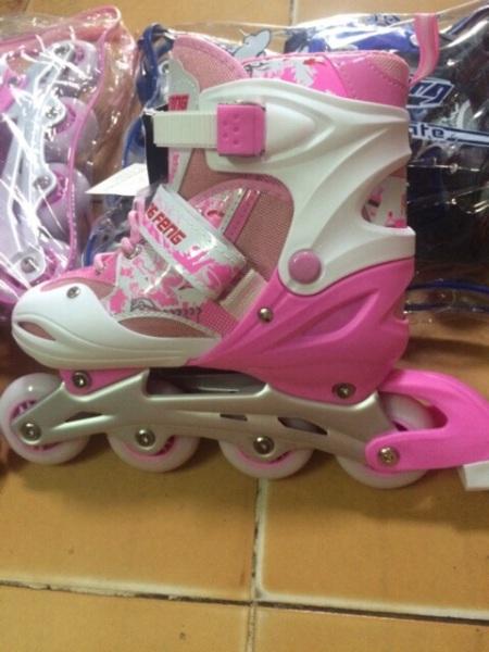 Giá bán Giày trượt patin 906 màu hồng( kèm ảnh thật)