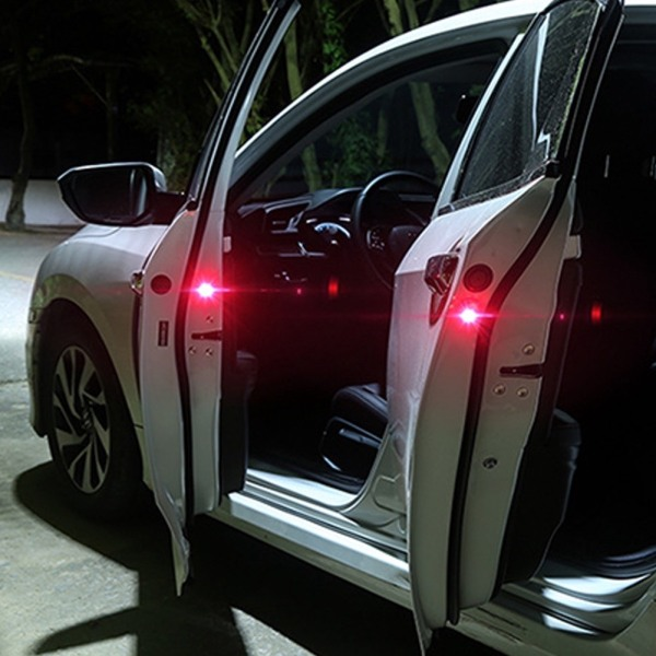 Bộ 2 đèn 5 bóng led siêu sáng xe hơi cảnh báo từ xa cho xe và người đi phía sau khi mở cửa ô tô xe tải chở hàng sử dụng pin