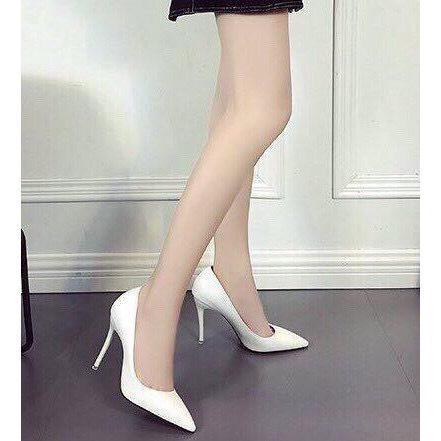 Giá bán giày cao gót bít mũi công sở trắng gót nhọn 9 phân thời thượng