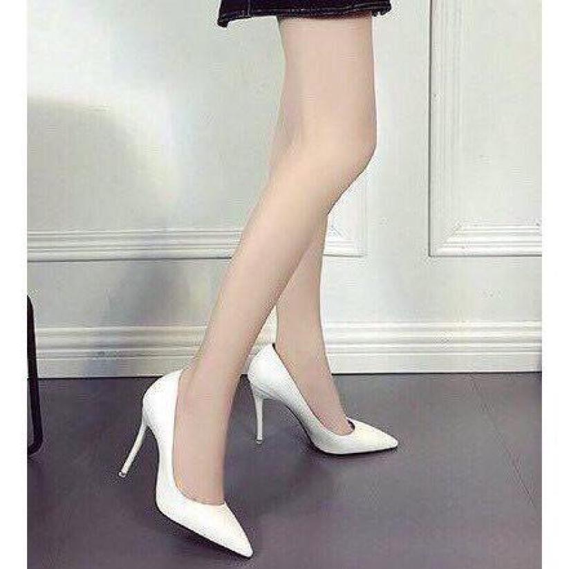 Giày cao gót nữ 7 phân trắng trơn bít mũi giá rẻ