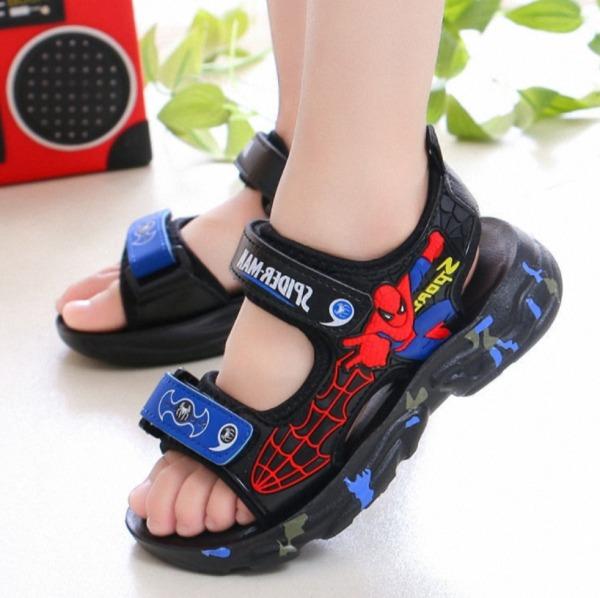 Sandal siêu nhân cho bé trai 3 - 12 tuổi năng động và phong cách ST103