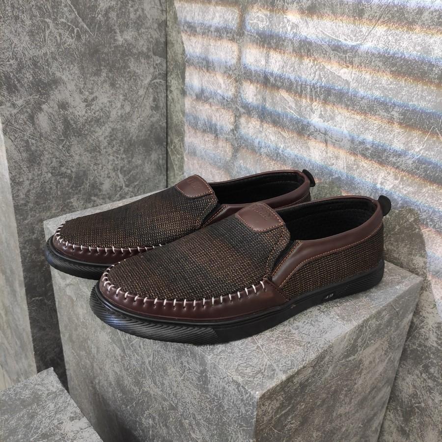 [HCM]Giày lười nam Muidoi G214 (Nâu)
