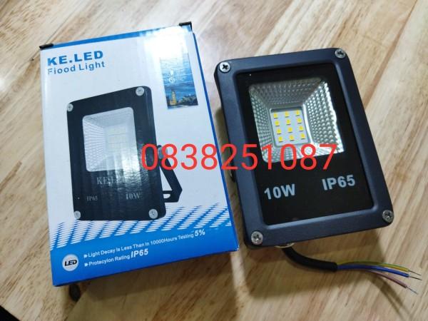Bảng giá Đèn pha led 10w (ánh sáng trắng)