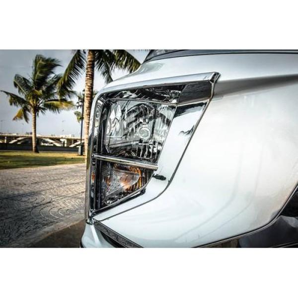 [Xpander] Ốp viền đèn pha dưới xe Xpander 2018 2019 2020 màu mạ crom đã có kèm băng keo dính 2 mặt, phụ kiện trang trí ngoại thất xe sang trọng cá tính hơn