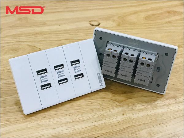 Sạc điện thoại âm tường - 6 USB