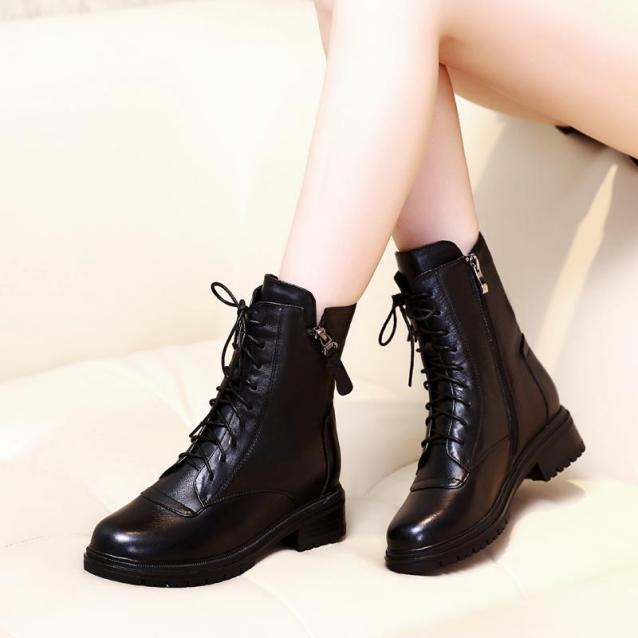 Giày Boot da nữ thời trang cá tính, giày bốt đế vuông cao 3cm , giày buột dây kèm kéo khóa đen B137 giá rẻ