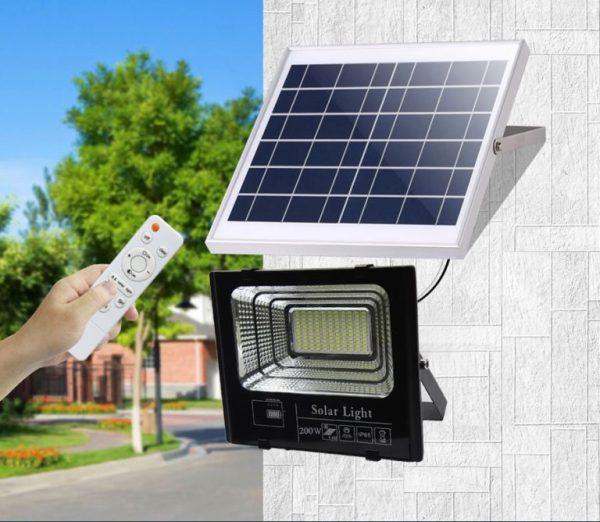 Đèn LED Năng Lượng Mặt Trời 200W - Đèn Pha Led Có Điều Khiển Từ Xa