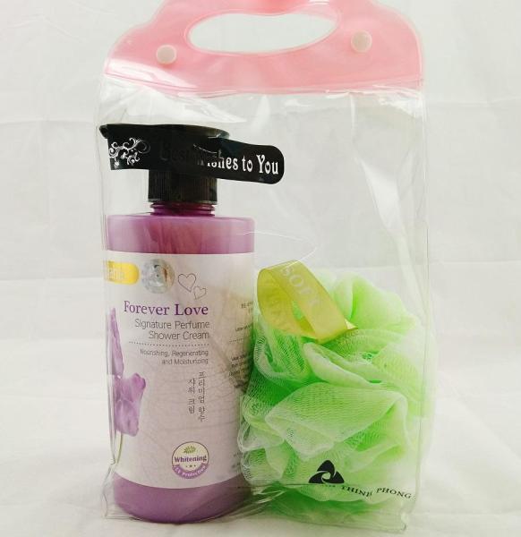 Sữa tắm dưỡng ẩm trắng da Shaha Hương Lavender Tặng bông tắm (Nhập Khẩu Malaysia) nhập khẩu