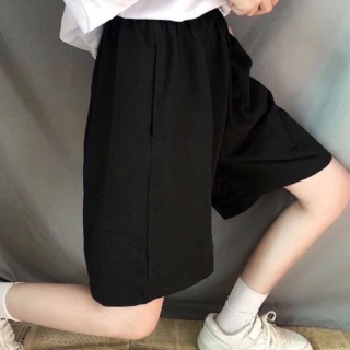 Quần short ống rộng CERA-Y lưng thun lửng ngố màu đen CRQ014, chất vải thun co dãn mặc mát, kiểu dáng unisex dễ phối thumbnail