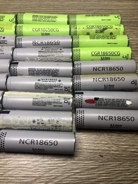 Cell Pin Li-Ion Panasonic NCR18650 dung lượng 3000mAh tháo máy