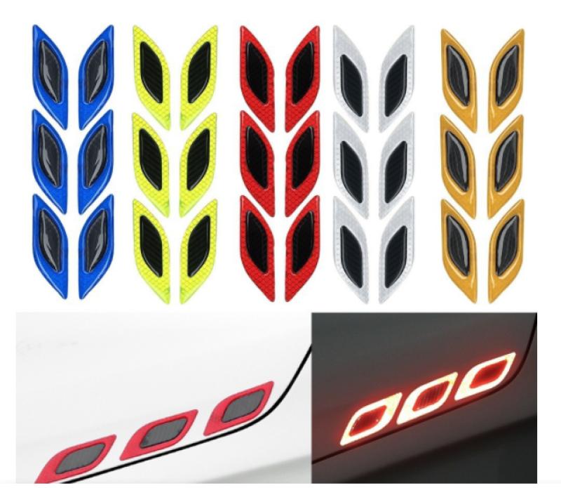Bộ 02 miếng dán các bon chống va đạp xe ô tô phản quang hình mũi tên đèn led cực đẹp