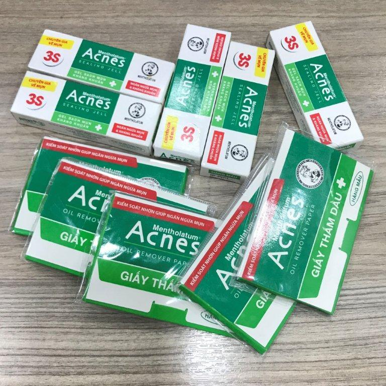 Bộ 10 món : 5 gel Acnes ngừa mụn và kháng khuẩn 2g/tuýt + 5 xấp giấy thấm dầu Acnes (50 tờ/xấp) + tặng 1 túi đựng mỹ phẩm xinh xắn chính hãng