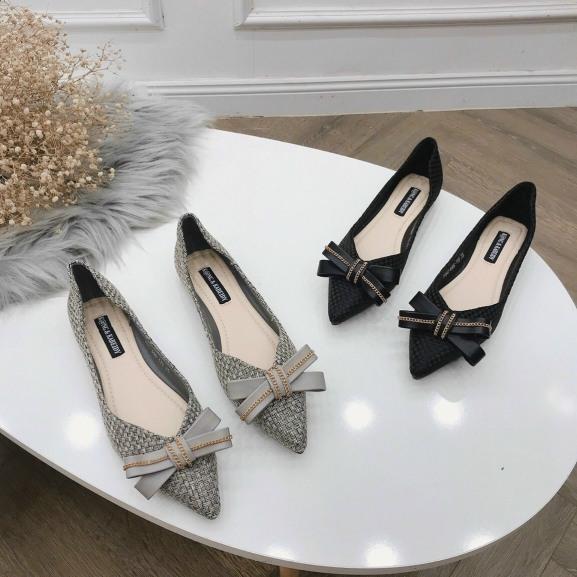 (video) giày bệt nữ phối nơ xích , giày búp bê mũi nhọn thiết kế nơ xích đơn giản, dễ mang đi êm chân lắm giá rẻ