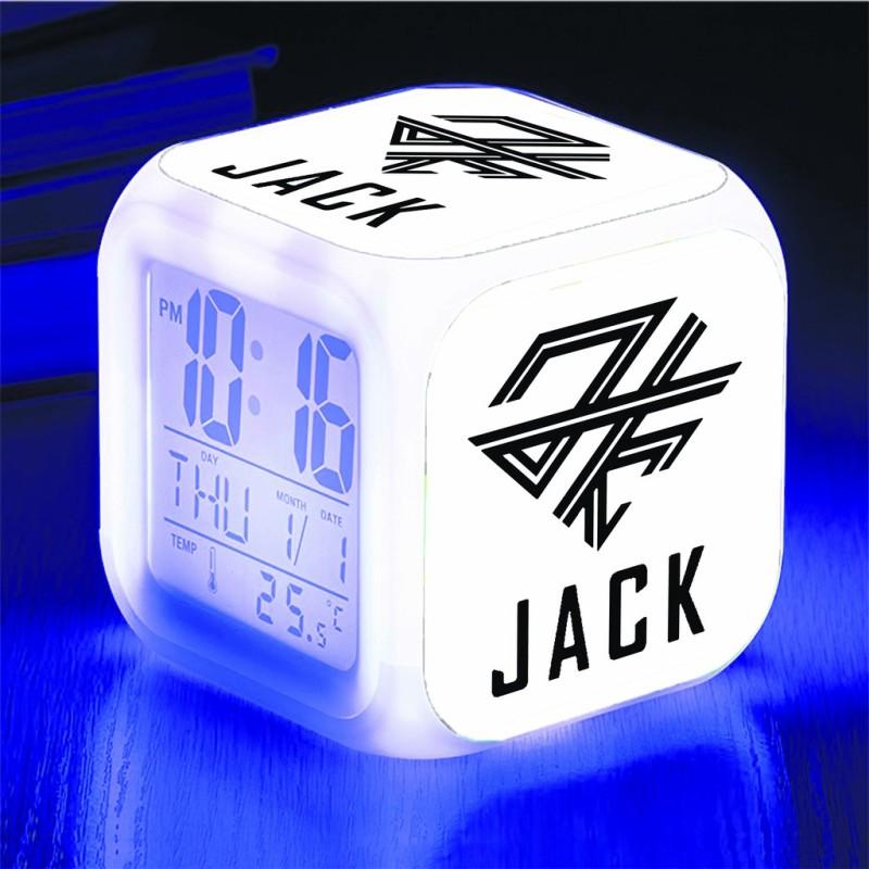 Giá bán Đồng hồ báo thức để bàn in logo Jack J97