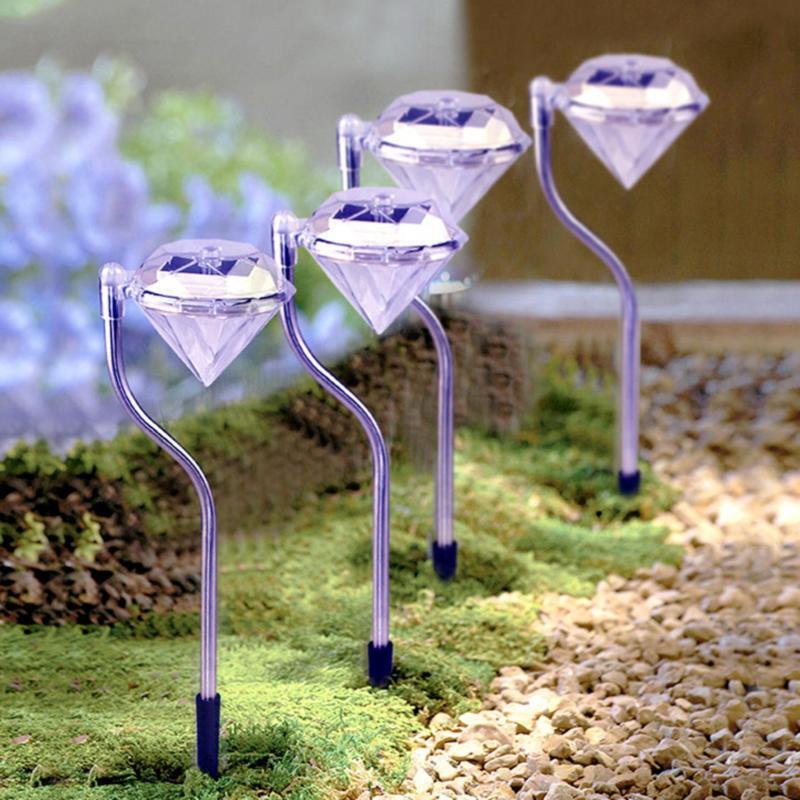 Bộ 3 đèn năng lượng mặt trời  viên kim cương MT65