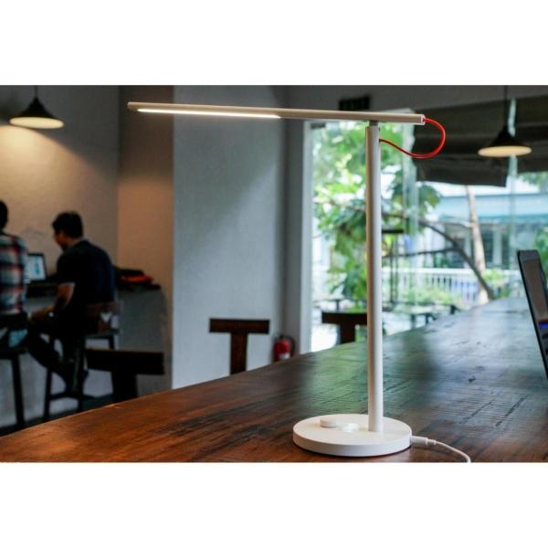 Đèn Led thông minh để bàn Xiaomi Version 2