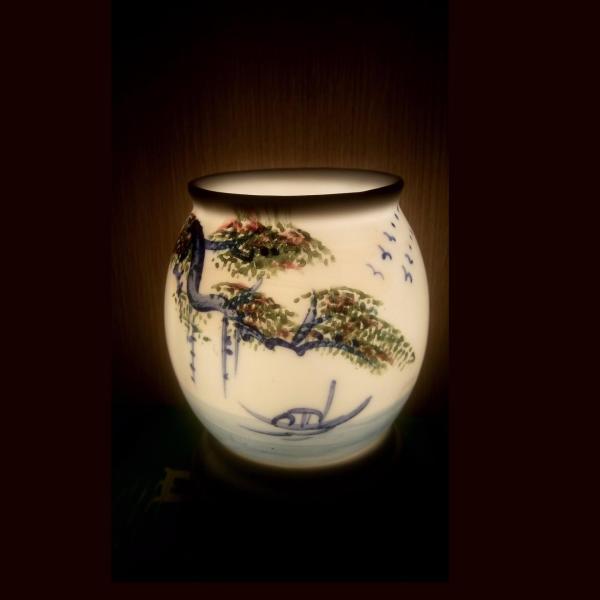 Đèn xông tinh dầu sứ Bát Tràng (Chủ đề: Cây Đa Bến Nước -  mẫu A)