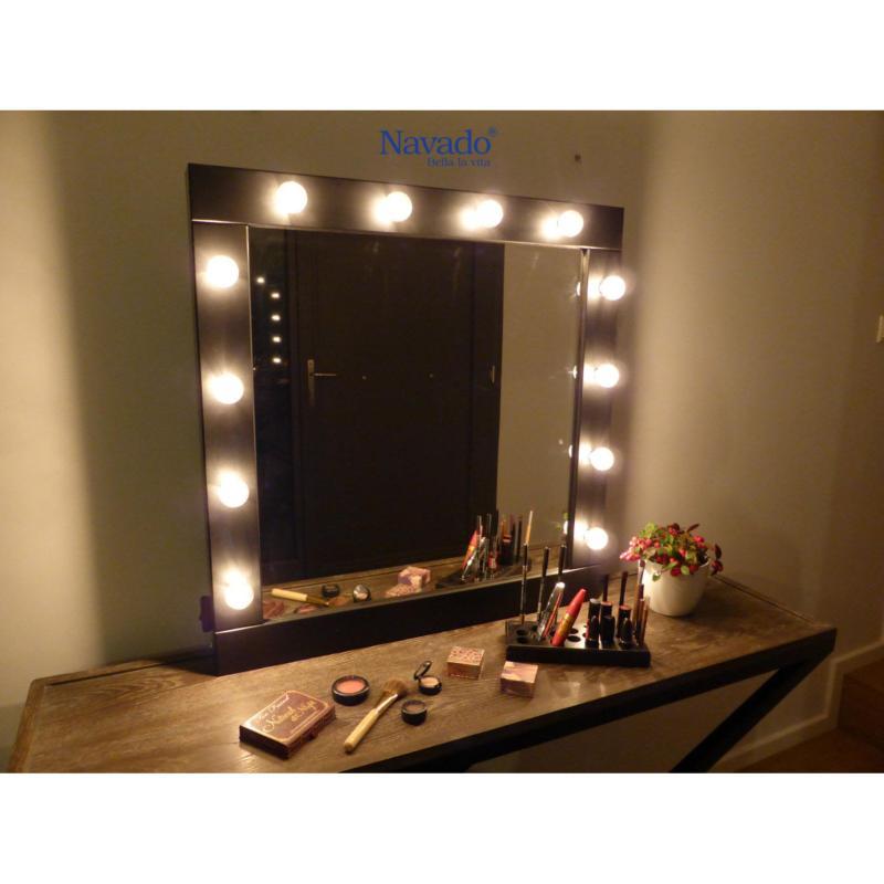 gương trang điểm Navado- gương trang trí nội thất