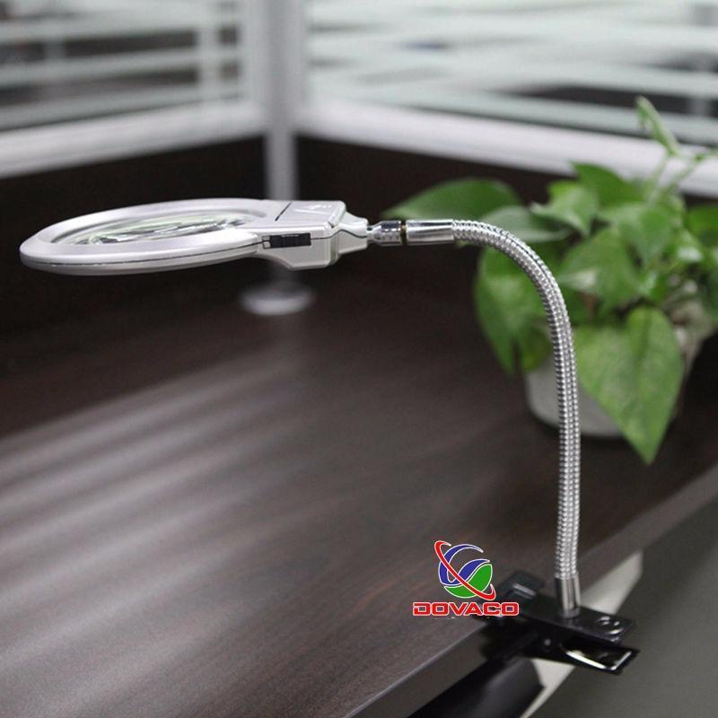 Kính lúp kẹp bàn có đèn MG15120-A