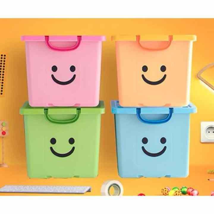 Thùng nhựa đựng đồ có nắp Happy Box YW-08 (Xanh lá cây nhạt)