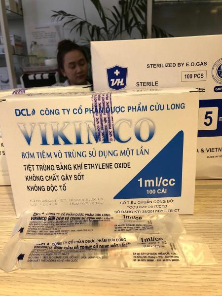 Bơm Kim Tiêm vô trùng 1CC vikimco Hộp 100 cây cao cấp
