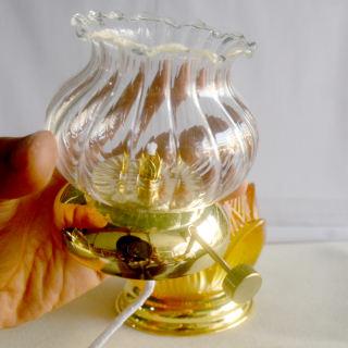 Đèn dầu hoa sen vàng thờ cúng bàn thờ - hình 3