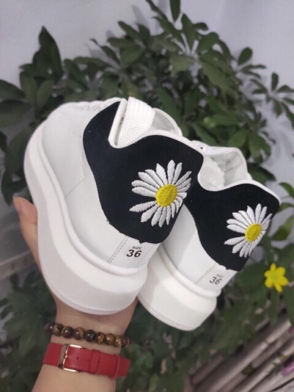 [ Video Tự Quay ] Giày sneakers Nam Nữ - Unisex MCQ Họa Tiết Cúc Họa Mi - Thích Hợp Làm Giày Đôi Cực Đẹp giá rẻ