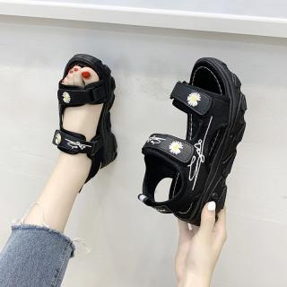 (2 MÀU) Sandal nữ thời trang 2 quai gắn hoa cúc hót hít 2 màu Trắng Đen thumbnail