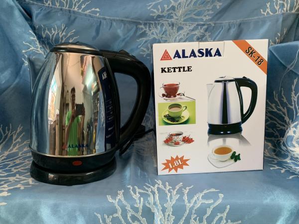 Ấm đun nước siêu tốc ALASKA SK-18 1.8 Lít