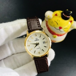 Đồng hồ nữ dây da cao cấp có lịch mặt kính chống xước, máy mỏng chống nước đi mưa và rửa tay, mẫu mới nhất 2021 ảnh thật hàng loại 1 + tặng lắc tym + tặng 2 pin phụ đi kèm-O5282F thumbnail
