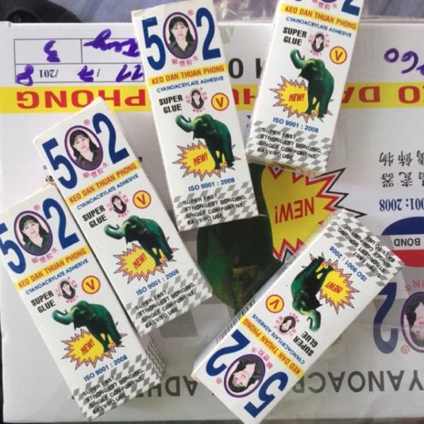 Mua 50 LỌ KEO CON VOI THUẬN PHONG