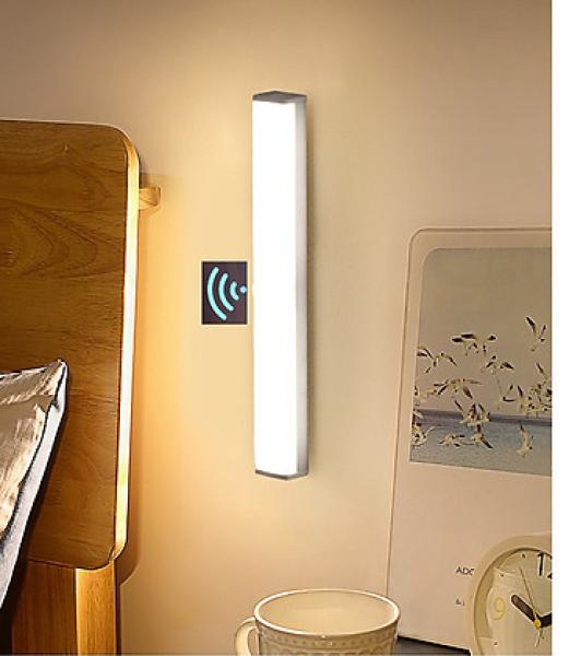Đèn LED  cảm ứng gắn giường, cầu thang, toilet, tủ đồ, tự động bật/tắt ánh sáng ban đêm, sạc bằng USB