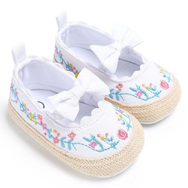Giày tập đi cho bé gái 0-18 tháng tuổi họa tiết thêu phối nơ công chúa BBShine – TD2 giá rẻ