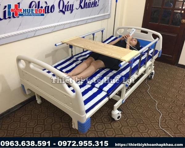 Giường y tế điện đa năng ( Giá Bán 15.000.000 Đ)