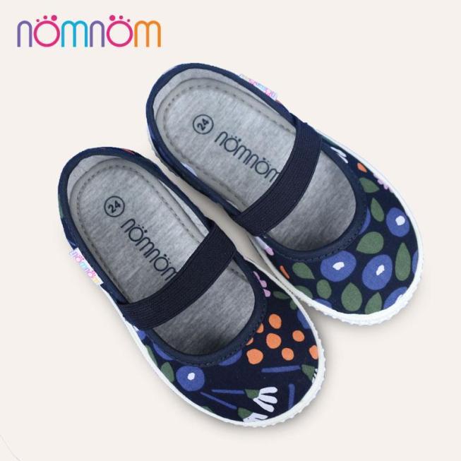 Giày búp bê cho bé gái quai chun NomNom EPG1913 màu xanh giá rẻ