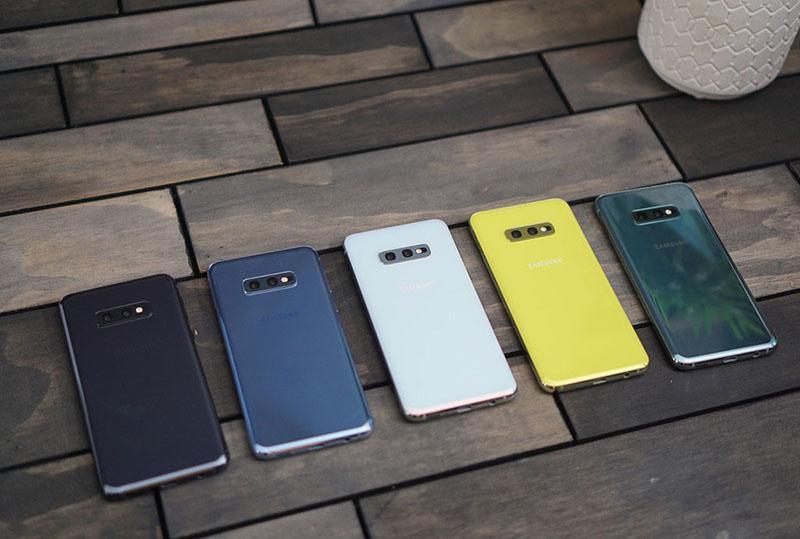 Điện Thoại Samsung Galaxy S10E 1/2Sim Chuẩn Zin 100% Với Thiết Kế Nhỏ Gọn Hơn S10 - Bộ Nhớ  Ram6 - Camera Kép Sắc Nét. Tặng Sạc Cáp Nhanh Chính Hãng.