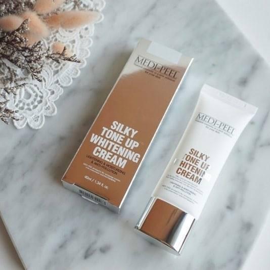 Kem dưỡng trắng da Medi Peel Silky Tone Up Whitening Cream