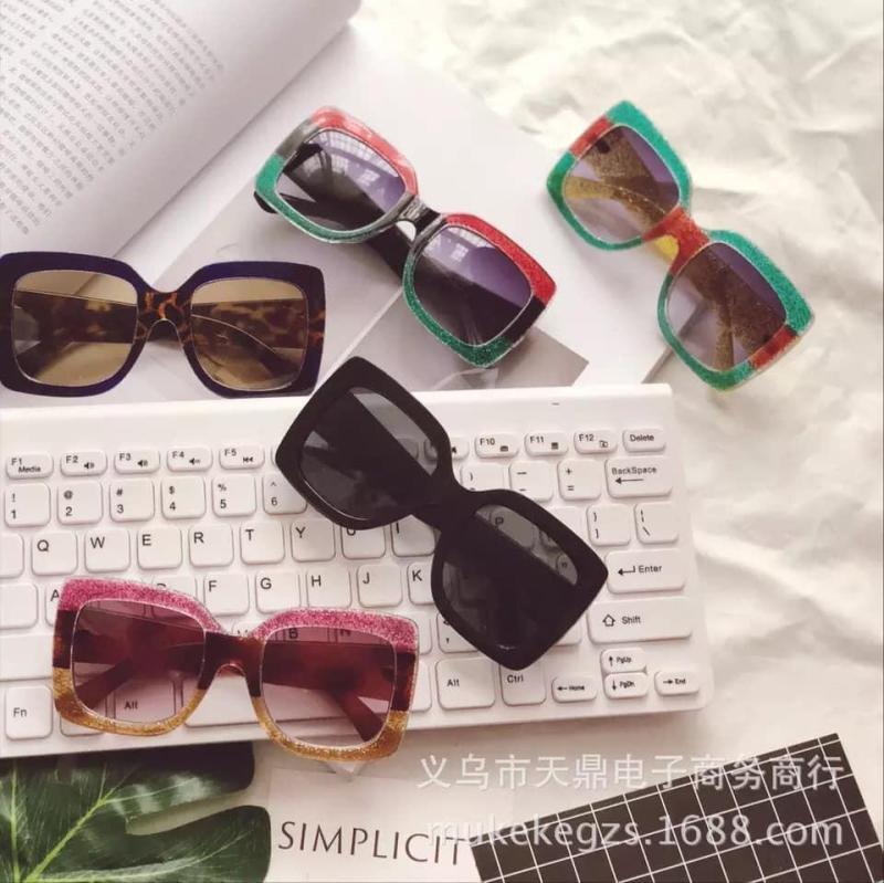 Giá bán kính mát cho bé kính chống uv 400