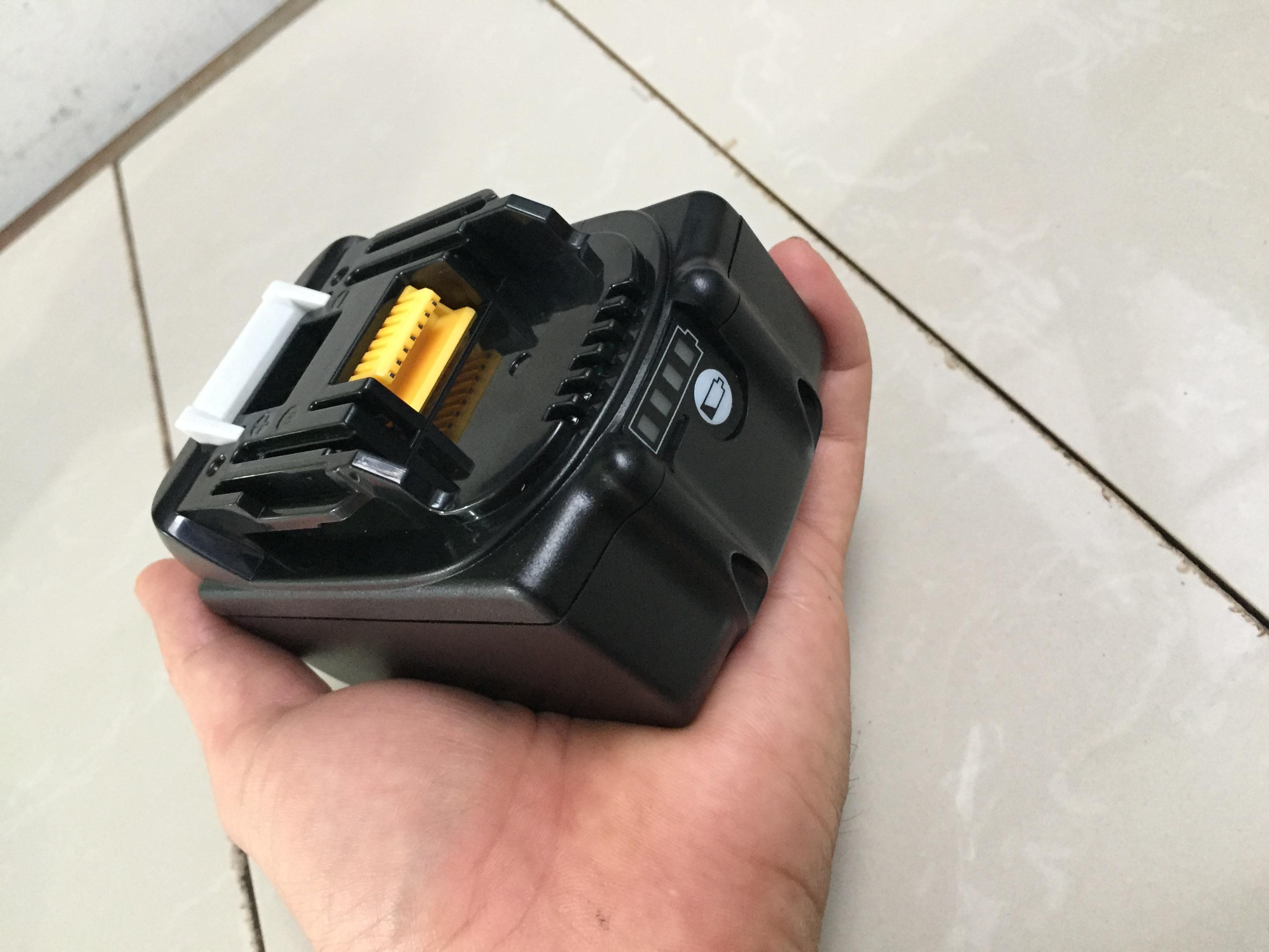 Pin Makita 18V 5A Được Làm Từ Pin Lishen Mới Dùng Sạc Zin