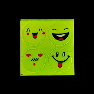 Miếng dán phản quang hình mặt cười thumbnail