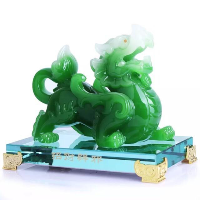 Hình ảnh Tượng Tỳ Hưu,kì lân ngọc xanh vượng tài phong thủy,đường nét tinh xảo, phù hợp đặt bàn làm việc, phòng khách, bàn thờ, quà tặng