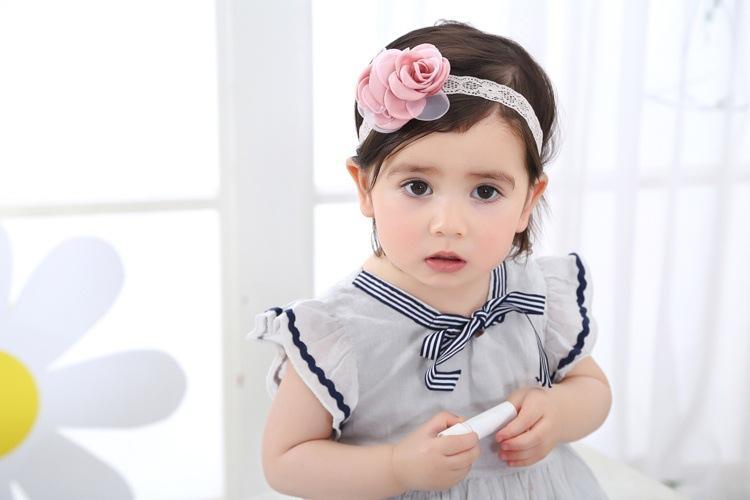 Giá bán Băng đô cho bé hai bông voan màu hồng(0-4 tuổi)