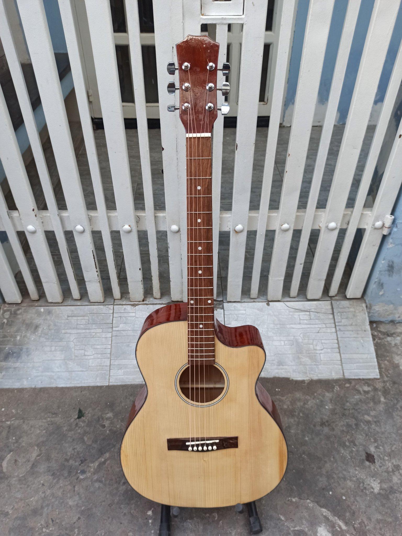 Đàn Guitar Acoustic M300D[Dành Cho Người Mới Tập Chơi]