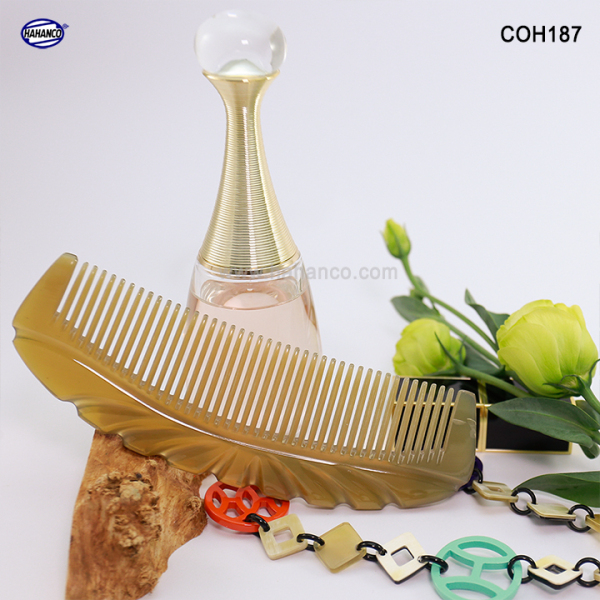 Lược sừng xuất Nhật (Size: XL - 17cm) Lược múi bưởi khía đẹp cỡ lớn [COH187] Horn Comb of HAHANCO - Chăm sóc tóc