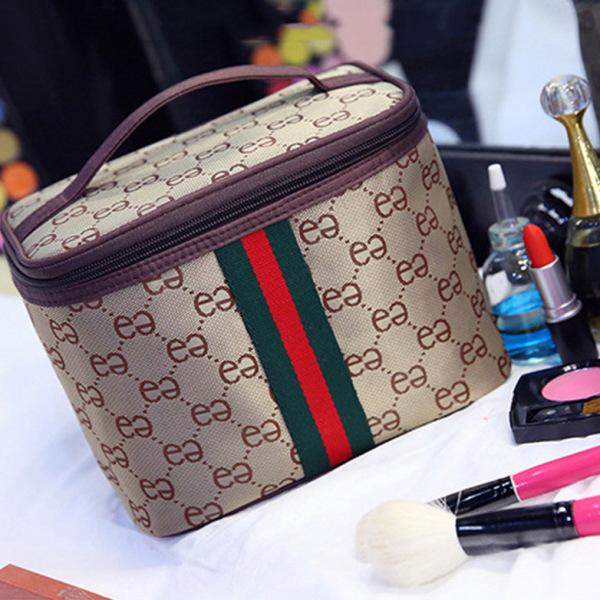 Túi Đựng Mỹ Phẩm Sọc, Size 24*17*16cm có 5 màu Túi chứa đồ trang điểm Makeup làm đẹp đựng được nhiều cọ trang điểm, mỹ phẩm nhập khẩu